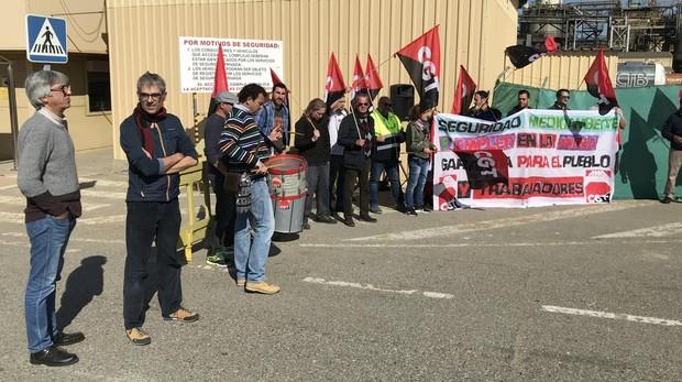 Movilización de los trabajadores, este pasado martes a las puertas de la Mina Cobre Las Cruces