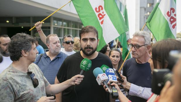 El secretario general del SAT, Óscar Reina, junto a Diego Cañamero el pasado 10 de junio