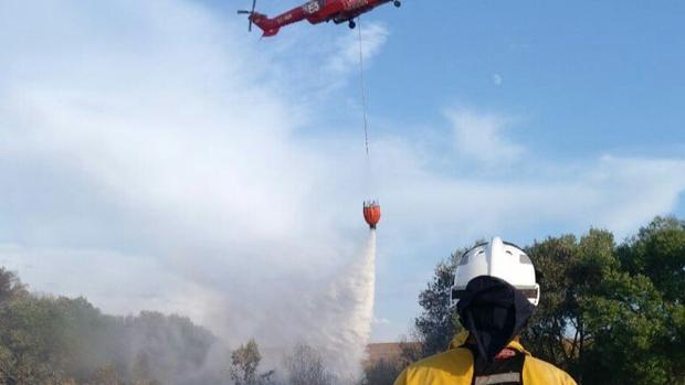 Controlado el incendio forestal de El Ronquillo tras arrasar unas 120 hectáreas