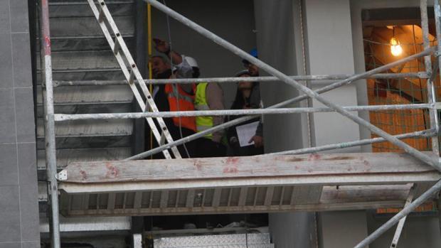 Un obrero falleció al caer del sexto piso de este bloque en obras en enero