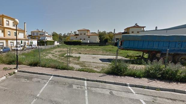 Uno de los solares sin edificar en el término municipal de Gelves