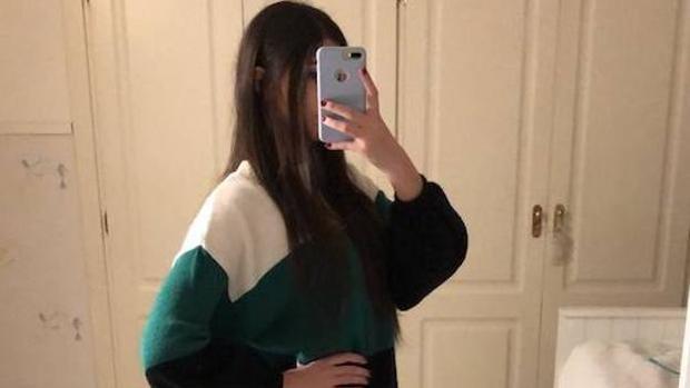 Esta foto de una joven de Granada acumula miles de reacciones en Twitter