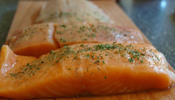 El salmón es rico en omega 3