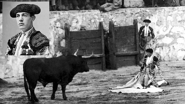 Retrato de Sánchez Mejías sobre una imagen de su última faena como matador de toros