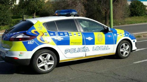 [Imagen: vehiculo-policia-local-kt6B--620x349@abc.jpg]