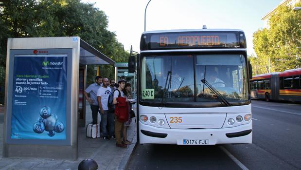 El autobús que va al aeropuerto de Sevilla