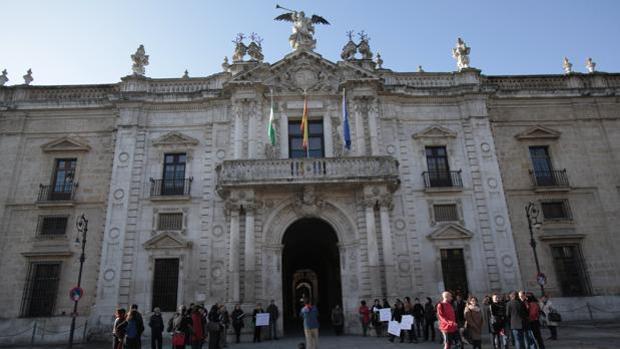 Fachada del Rectorado de la Universidad de Sevilla