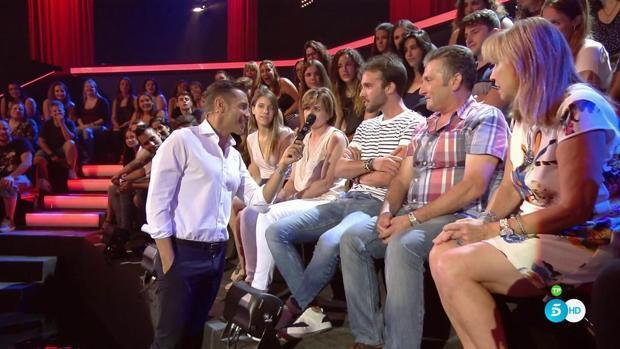 José Antonio entre los miembros del público