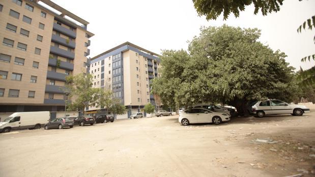 Este solar de San Bernardo albergará un nuevo aparcamiento público en los próximos meses