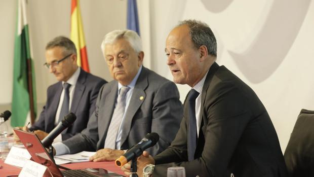 Representantes de la Cámara de Comercio de Sevilla, en la presentación de informe sobre empleabilidad de los jóvenes