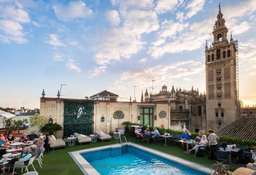 Estas Son Las Terrazas Con Piscina Que Hay En Sevilla