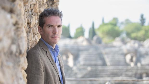 Fernando Panea llegó hace un año a Itálica procedentes del Museo de Bellas Artes de Sevilla