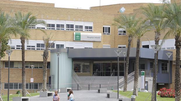 El Virgen del Rocío es el hospital público sevillano con enfermos en lista de espera para operarse