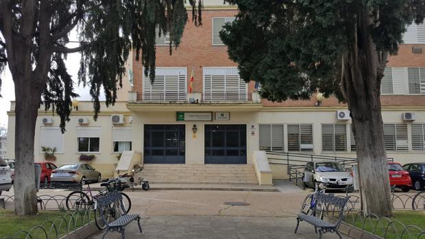 Fachada del Instituto Herrera