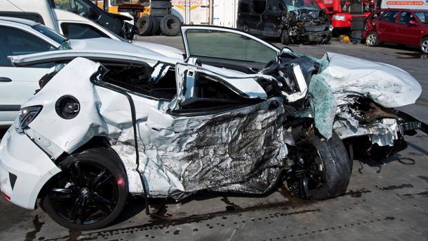 Aspecto de un vehículo tras un accidente de tráfico