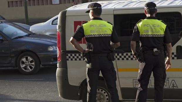 El Ayuntamiento de Sevilla aprueba una nueva oferta de 112 plazas para la Policía Local
