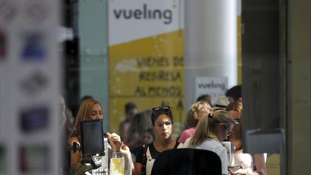 Expositor de Vueling