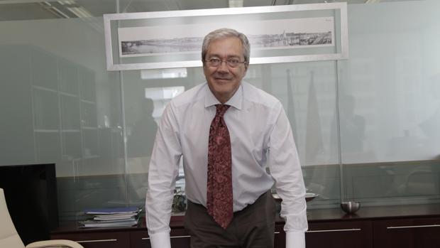 El consejero Rogelio Velasco
