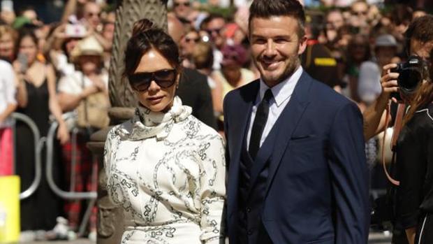 Los Beckham, a su llegada a la boda