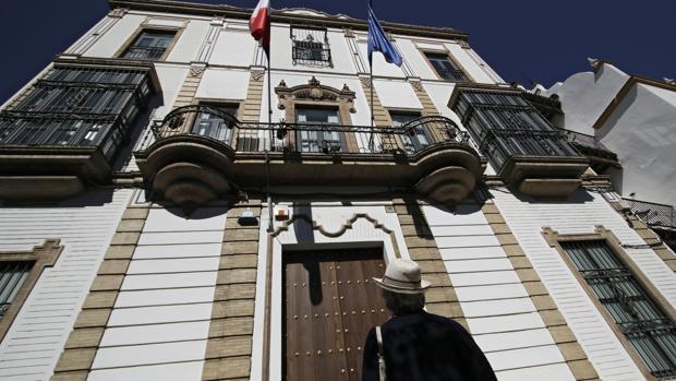Fachada del Consulado de Francia en Sevilla