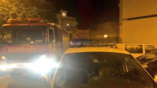 Los servicios de emergencias de Sevilla han sido alertados de un incendio en la cocina