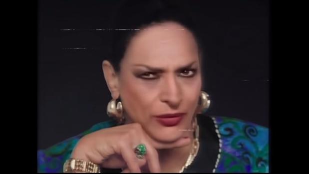 La reacción de Rosario Flores al ver a su madre en el anuncio de Cruzcampo: «Se me pusieron los pelos de punta»