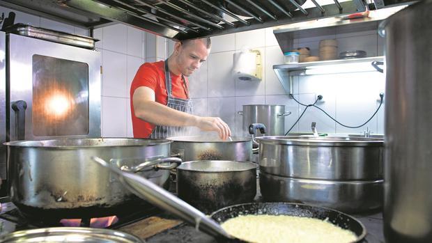 «Los que dicen que está todo inventado en la cocina son personas incapaces de inventar cosas nuevas», dice Muñoz