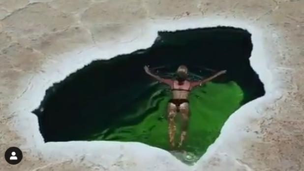 Un vídeo muestra a Bridget Thackwray sumergiéndose en esta «piscina» de la peligrosa depresión de Danakil, en Etiopía